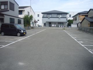 北沖洲1丁目月極駐車場