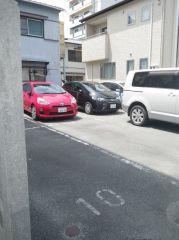 中 山 駐 車 場
