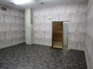 中洲ウェアハウス・3号室