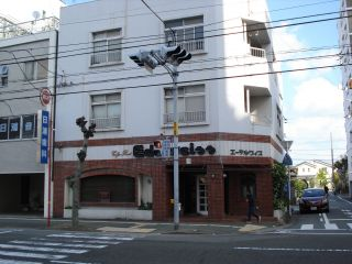秋田町3丁目1階店舗(喫茶店跡)