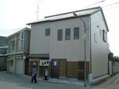 小松島市堀川町1-4 アパート