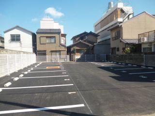 徳島町3丁目駐車場