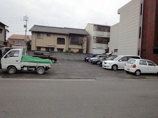 霊源寺第六駐車場