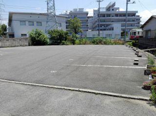 屋島西町潟元 駐車場