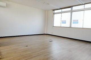 中央町貸事務所(2階)