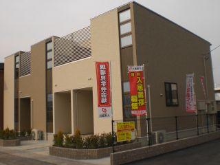 小松島市金磯町 2LDKアパート