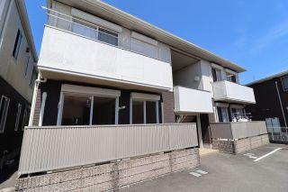 徳島市名東町 2LDKアパート