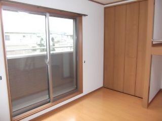 徳島市名東町 1DKアパート