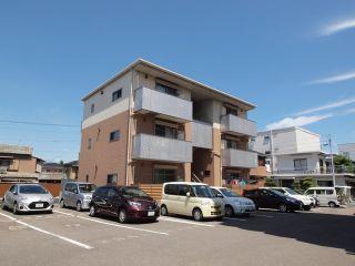 徳島市佐古六番町 1LDKアパート