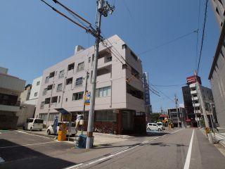 徳島市富田浜 1DKマンション