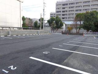 徳島市中常三島町 駐車場