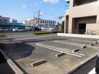 徳島市吉野本町 駐車場