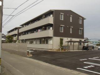 吉野川市鴨島町知恵島 2LDKアパート