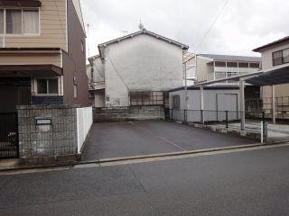 松縄町駐車場