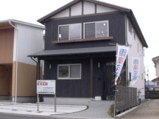 松山市和泉南1 3LDK一戸建て