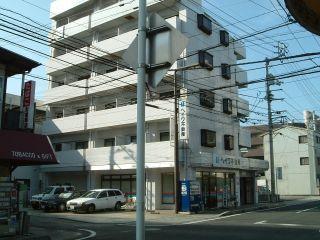 松山市萱町5 1Rマンション