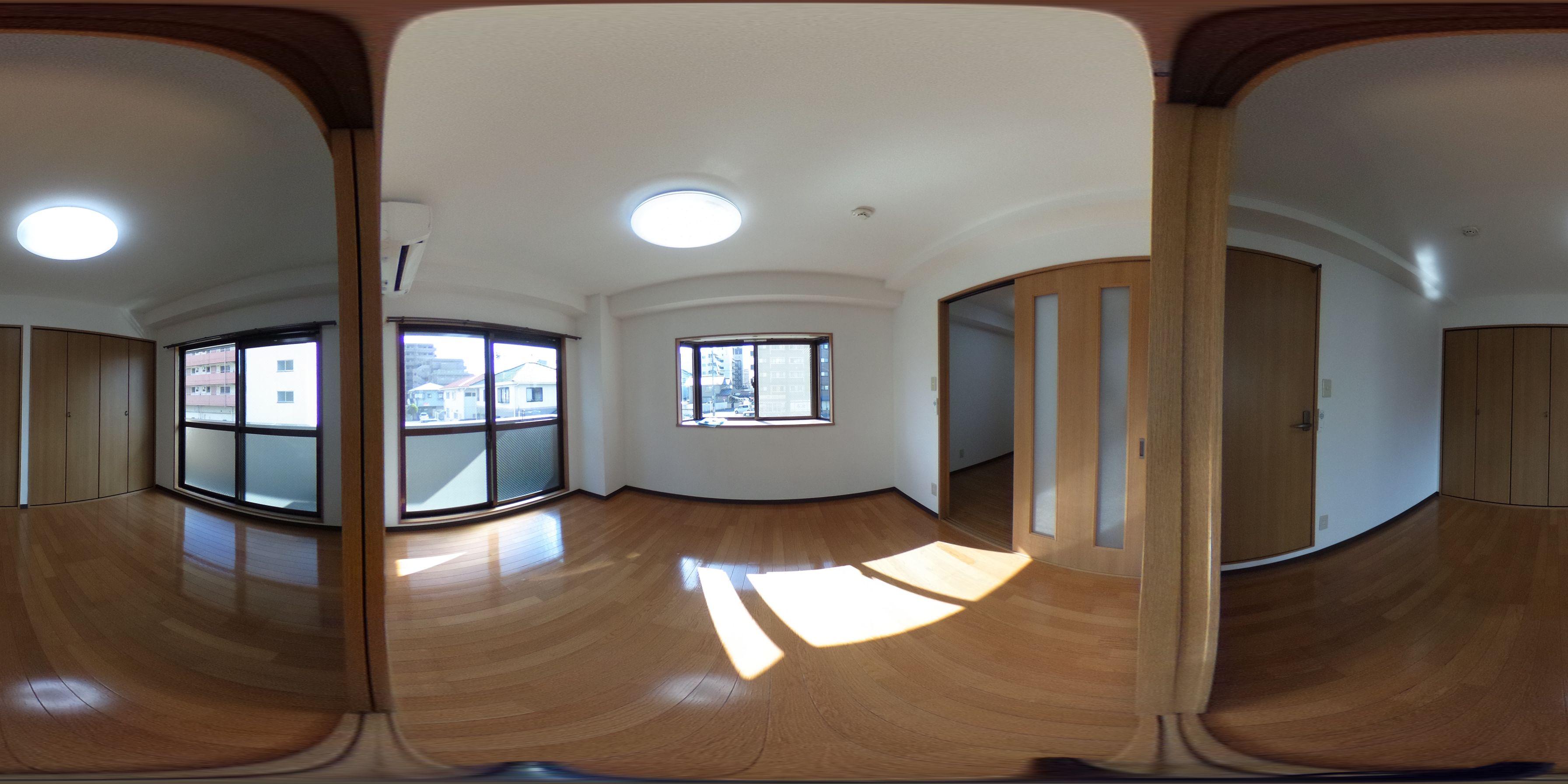 岡山市北区奥田本町 賃貸マンション 2Kパノラマ画像